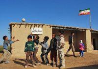 مسئولان استان یزد باید به مدارس روستایی تفت توجه جدی داشته باشند