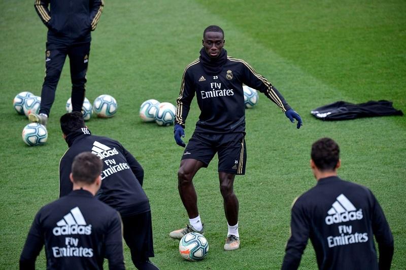 آخرین تمرین بازیکنان رئال مادرید پیش از بازی برابر بارسلونا