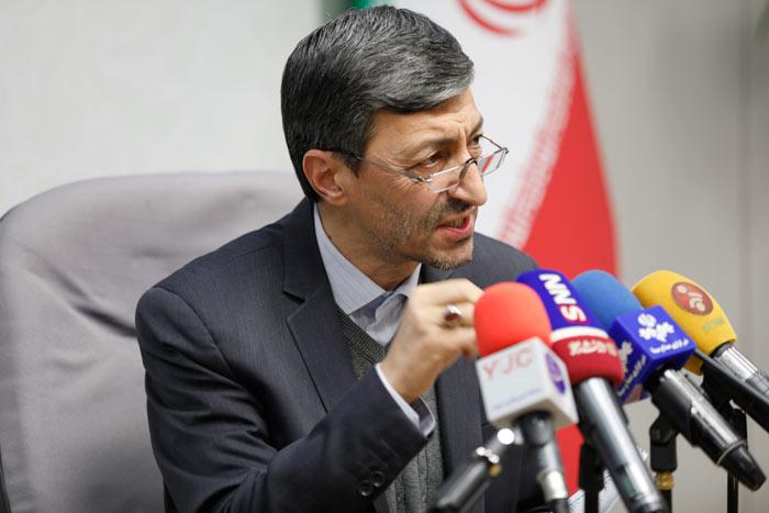 پرویز فتاح در نخستین نشست خبری رئیس بنیاد مستضعفان انقلاب اسلامی