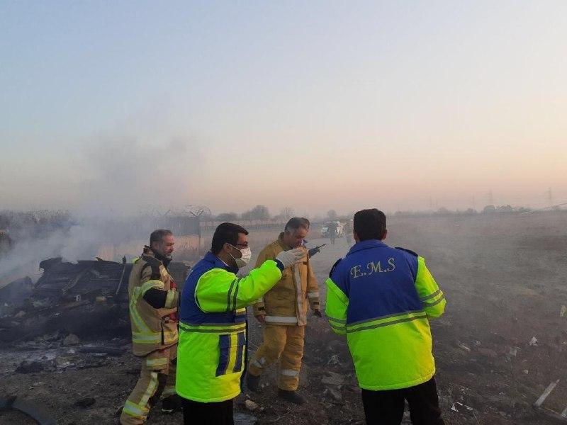 تصویری از بقایای هواپیمای اوکراینی که در اطراف فرودگاه امام خمینی سقوط کرده
