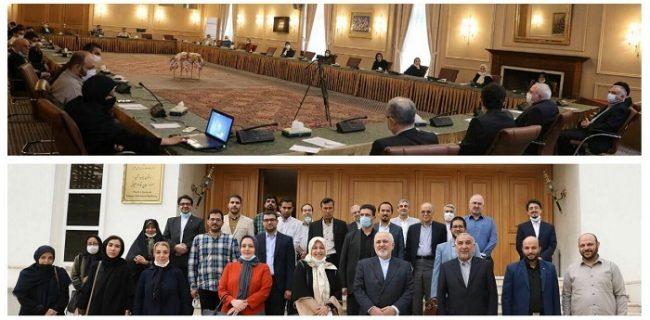 دیدار نمایندگان موسسات خیریه مردمی و گروه های جهادی با ظریف