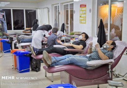 اهدای پلاسما توسط بهبود یافتگان کووید ۱۹ در قزوین