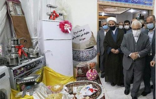 ۴۲۲ سری جهیزیه به نوعروسان نیازمند استان اصفهان اهدا شد